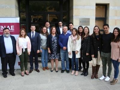 Embajadora Costa Rica y alumnos costaricenses de ENAE