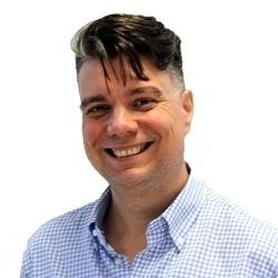 Juan Antonio Roncero Profesor Digitalización del Marketing y La Comunicación 1: Digitalizando El Plan De Marketing