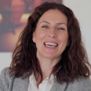 Máster Comercio Internacional- Entrevista ENAE- Laura Munoz Pedreño- Casa Rojo