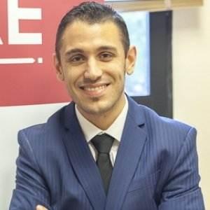Adrián Martínez Navarro - Máster en Dirección Económico Financiera