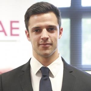 Santiago Alfayate Torres - Máster en Dirección Económico Financiera
