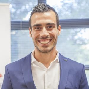 Sergio Hernández Abellán - Máster en Dirección de Empresas MBA