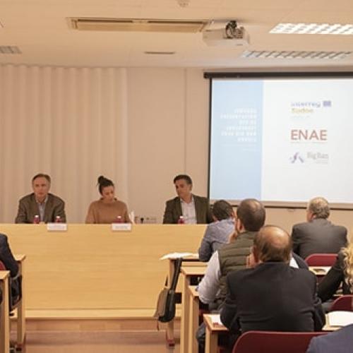 Presentación del convenio entre Big Ban Angels y ENAE