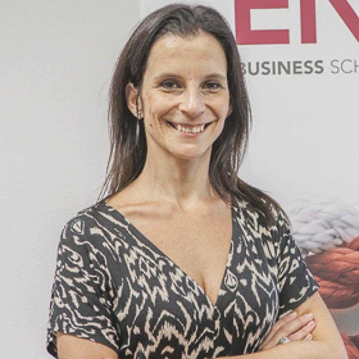 Isabel Campoy Fernández - Máster en Dirección Económico Financiera