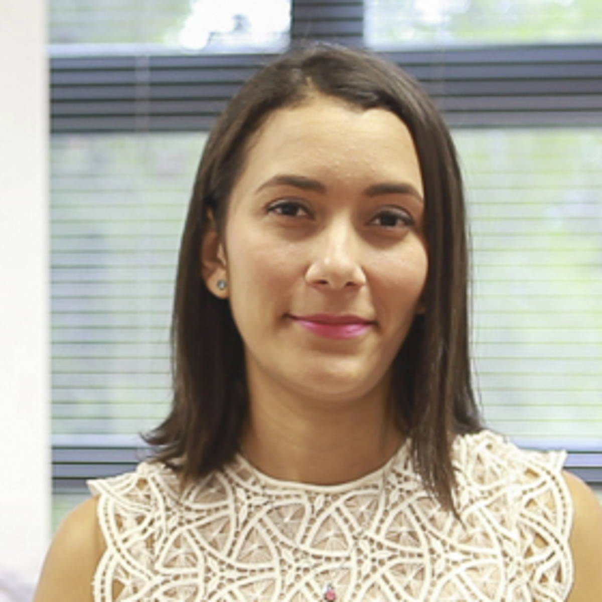 Yarelis Alvarado - Máster en Dirección de Empresas MBA