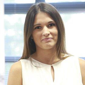 Begoña Acosta Ureña - Máster en Dirección Económico Financiera